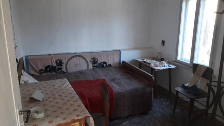 Къща в с. Лоза (Габрово)