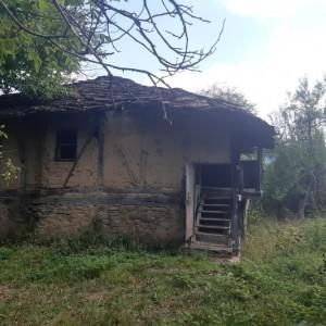 Къща в с. Кметовци (Габрово)