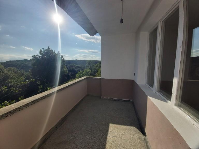 Къща в с. Харачерите (Габрово)