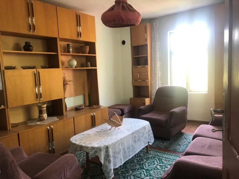 Къща в с. Баланите (Габрово)