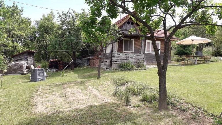 Къща в с. Малини (Габрово)