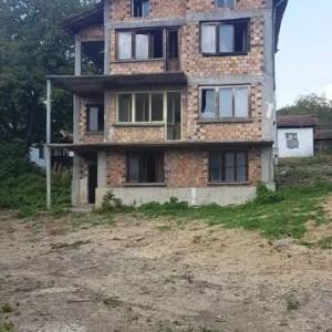 Къща в с. Гъбене (Габрово)