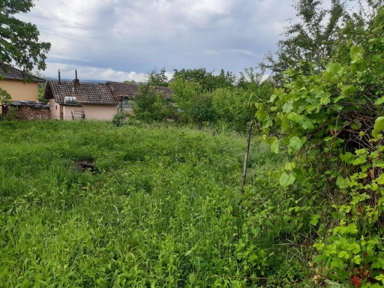 Парцел в с. Златевци (Габрово)