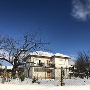 Къща в с. Източник (Габрово)