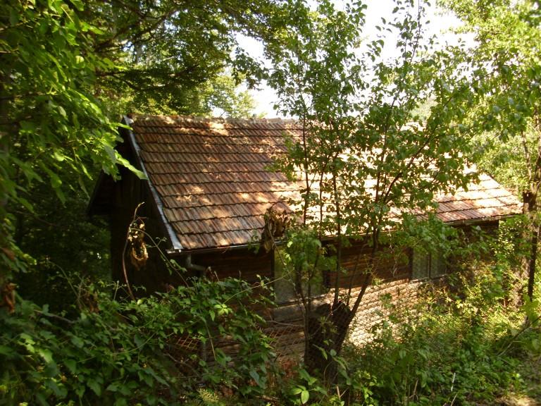 Къща в с. Червена локва (Габрово)