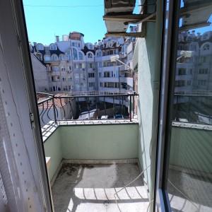 Тристаен апартамент в гр. Варна (Варна)